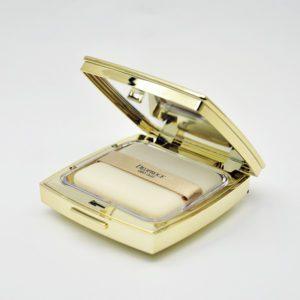 Deoproce Geo Gold two-way cake,  Компактная пудра на основе золота № 23, 15 гр